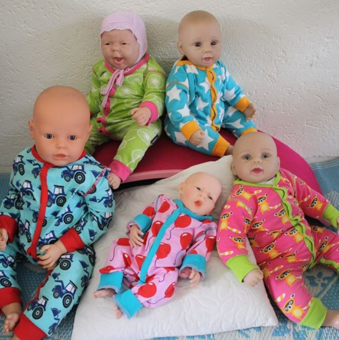 Dit zijn de vijf gestolen poppen.