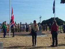 Omgekomen soldaten herdacht, zonder brandende fakkels