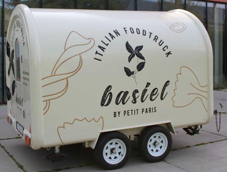 Foodtruck Basiel is klaar om uit te rijden