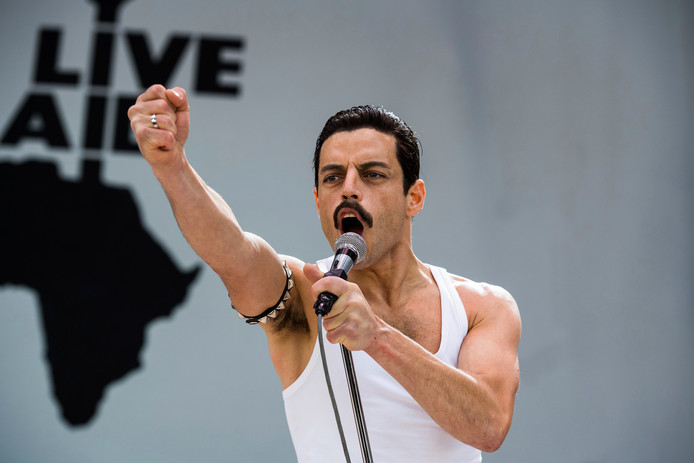 Rami Malek als Freddie Mercury in de film Bohemian Rhapsody.