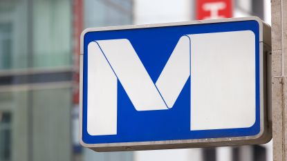 Metrostation Schuman even ontruimd door verdacht pakket
