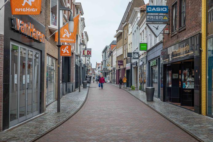 De Lange Kerkstraat in Goes
