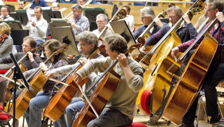 Het Radio Filharmonisch Orkest repeteert donderdag in het Muziekcentrum van de Omroep (MCO) in Hilversum. Foto ANP Beeld