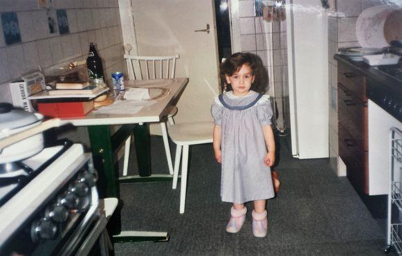 Dina-Perla toen ze twee jaar oud was.
