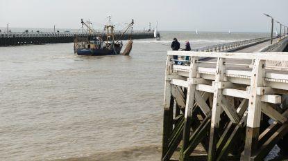 Franse 'zeecowboy' riskeert 1.200 euro boete voor bruuskeren van baggerschip in haven