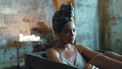 Beyoncé neemt touwtjes in handen bij Vogue