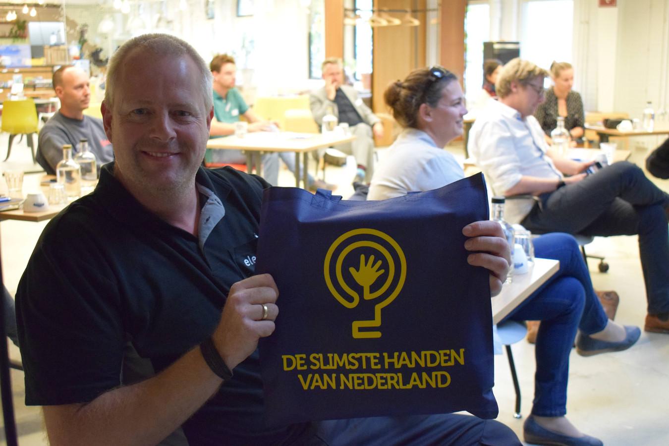 Michiel Kriele van ENGIE Electroproject bij de uitreiking van De Slimste Handen van Nederland in 2020.