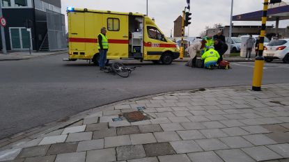RECHTZETTING: Fietser gewond na aanrijding bij Zandvoordebrug