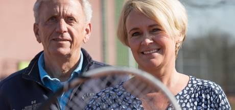 Raalter 'tennismissionaris' Vlierhuis zwaait af