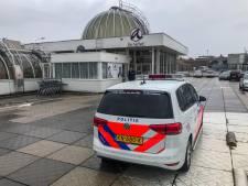 Beveiliger winkelcentrum De Aarhof verdacht van verkrachting 15-jarige