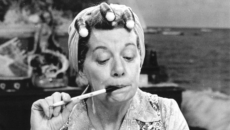 Jean Alexander als Hilda Ogden in Coronation Street. Beeld null