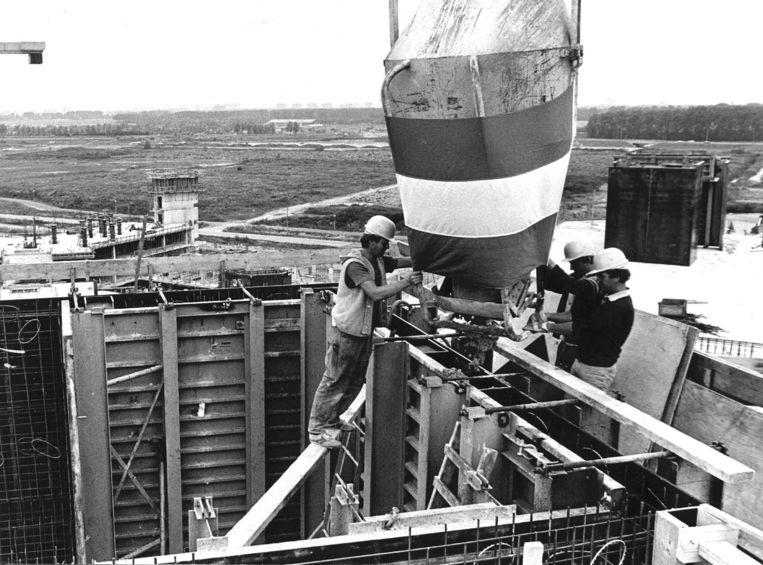De Bijlmer in aanbouw Beeld ANP
