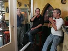 Gerechtshof: Rookruimtes in cafés en restaurants mogen niet