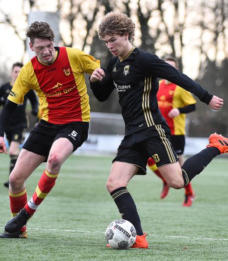 FC Winterswijk onderuit tegen De Zweef