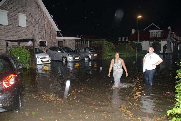 In 's-Gravenpolder viel op 24 en 27 mei veel regen in korte tijd, waardoor straten en woningen blank kwamen te staan.