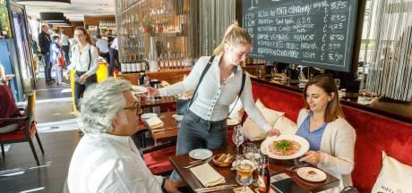 Attente bediening en lekker dineren bij theaterrestaurant Applaus in Lelystad