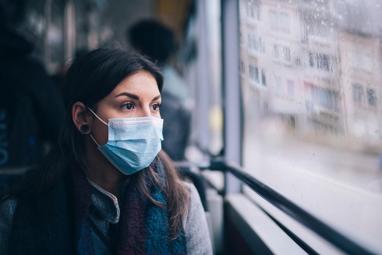 Mondmaskers op het openbaar vervoer worden verplicht.
