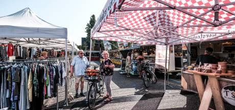 Nieuwe plek voor Duivense markt valt in de smaak