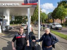 'Fietsstraat maakt Van Uvenweg absoluut onveiliger'