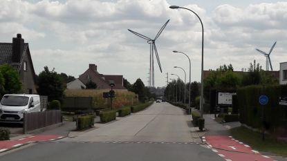 """Buurtprotest tegen windmolens tevergeefs: """"Leefkwaliteit en gezondheid inwoners in het gedrang"""""""