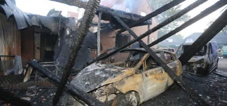 Twee huizen voorlopig onbewoonbaar door rookschade na brand in Sint-Michielsgestel