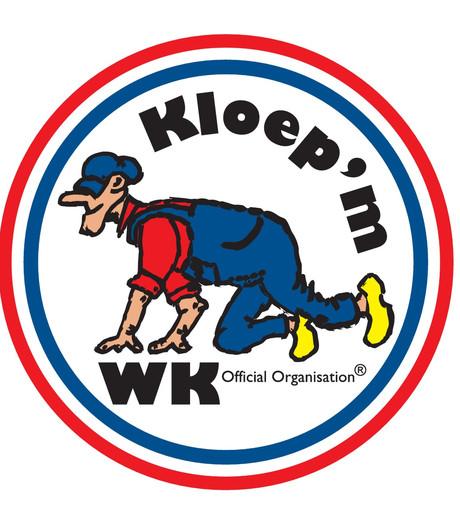 WK Kloep'm: Met klomp'n an op de kneene kroep'm in Daarle