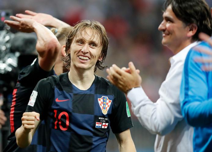 Luka Modric en bondscoach Zlatko Dalic vieren het bereiken van de WK-finale.