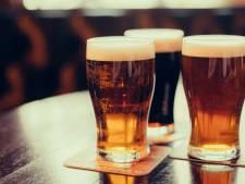 Bierbrouwer Alfa krijgt goud op internationale bierwedstrijd