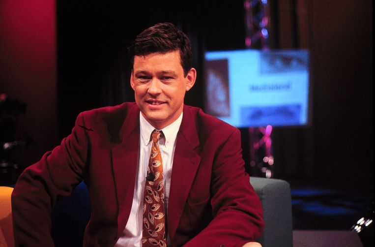 Groenhuijsen als presentator van Medialand, 1996. Beeld anp