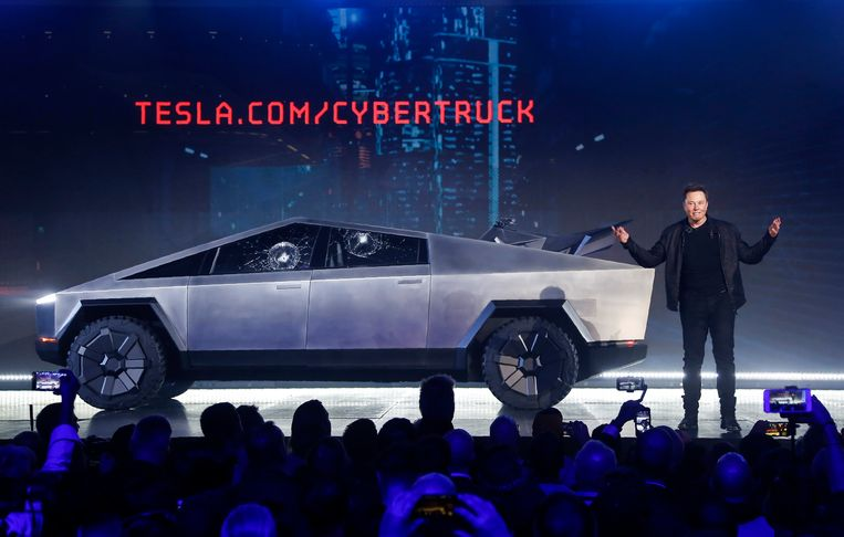 Tesla-CEO Elon Musk op de voorstelling van de Cybertruck in Hawthorne, Californië. Tesla heeft inmiddels al 250.000 bestellingen binnen.