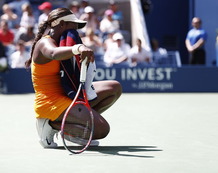 epa06996973 Sloane Stephens of the US reacts as she plays Anastasija Sevastova of Latvia during the ninth day of the US Open Tennis Championships the USTA National Tennis Center in Flushing Meadows, New York, USA, 04 September 2018. The US Open runs from 27 August through 09 September.  EPA/JUSTIN LANE *** Local Caption *** 53000073