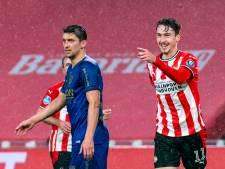 Schmidt ziet nog volop ontwikkelkansen voor Adrian Fein bij PSV: 'Over optie tot koop is nog niks besloten'