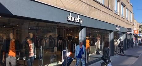 Winkelcentrum Uden vult lege panden met mode, bank en sushi