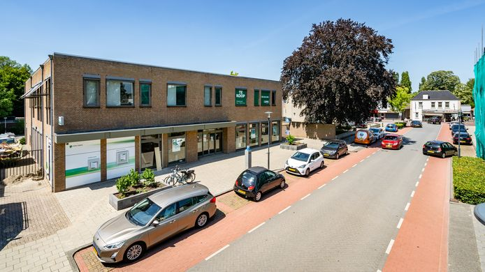 Het voormalige pand van ABN AMRO in Waalwijk wordt omgebouwd tot gezondheidscentrum.