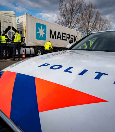 Politie start offensief tegen cocaïnesmokkel via louche fruitbedrijven