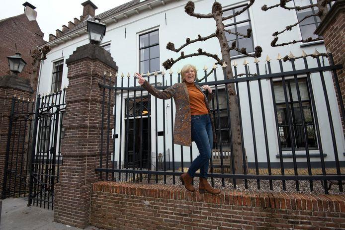 Wijk bij Duurstede Karin Teluy bij Gasthuis Oeverstraat 21Foto William Hoogteyling