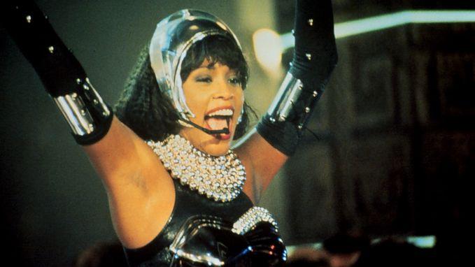 25 jaar na 'The Bodyguard' komt er een nieuw album met nieuw materiaal van Whitney Houston uit