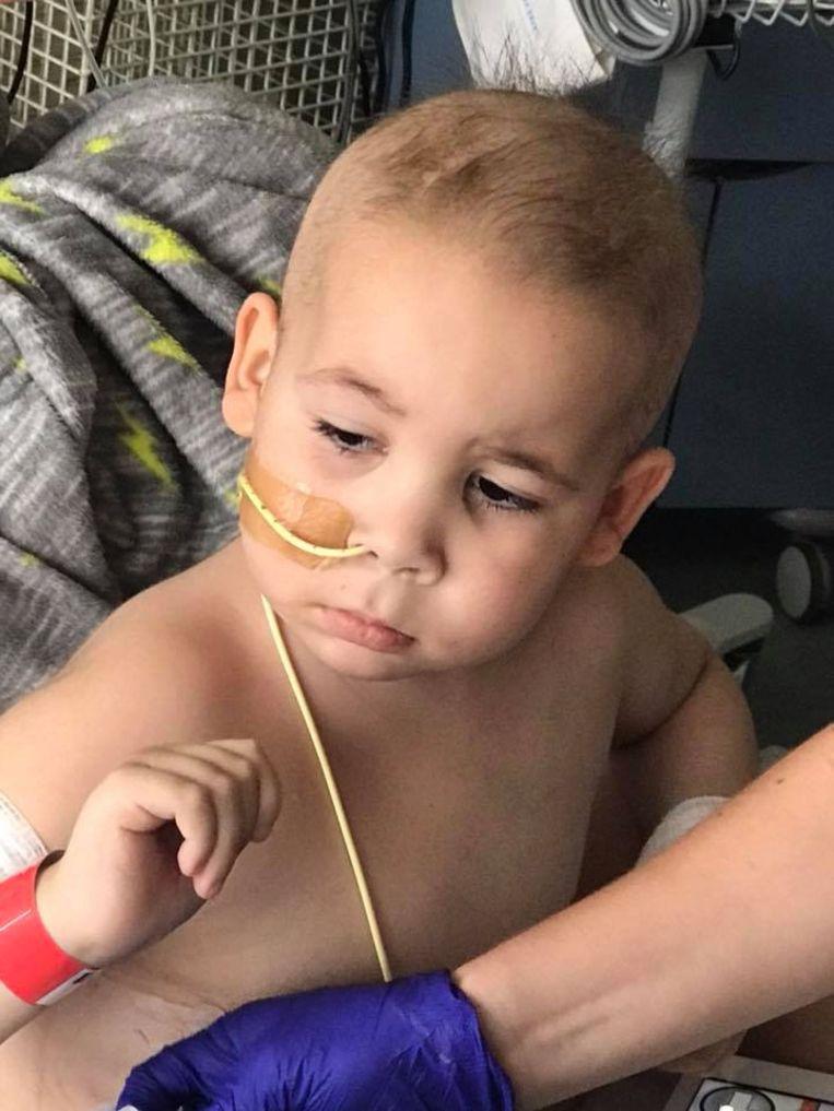 Jongetje 5 Vecht Tegen Leukemie Exact Twee Jaar Later Stellen