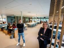 Ook de rector van het Varendonck College in Asten heeft geen eigen kamer meer