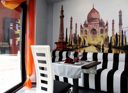 Het interieur van restaurant Saffron Lounge.