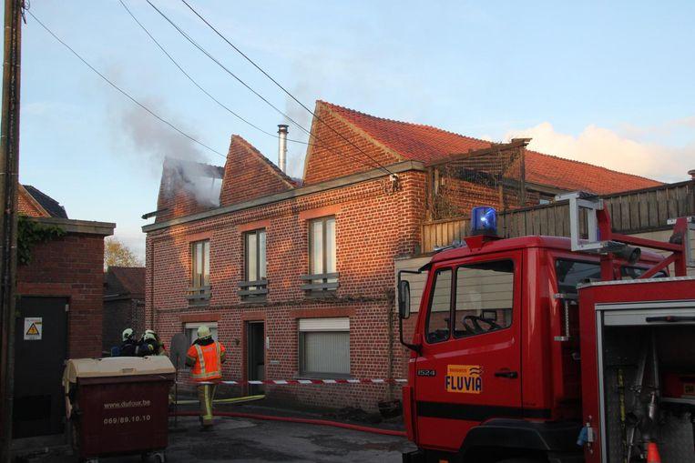 Een groot deel van het dak werd helemaal verwoest.