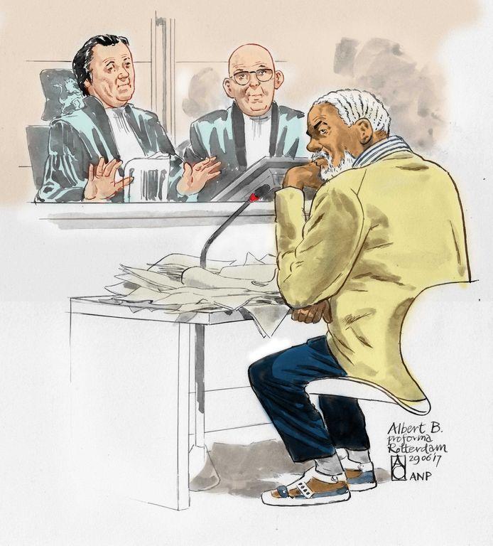 Albert B. in 2018 tegenover de Rotterdamse rechtbank