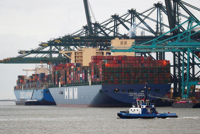 Illustratiebeeld van de Antwerpse haven.