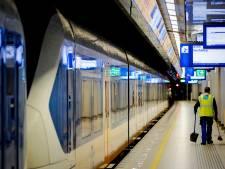 Minder treinverkeer van en naar Schiphol door defecte bovenleiding