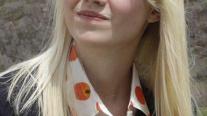 """Vrouw van duivelskoppel dat Elizabeth (14) kidnapte en 9 maanden misbruikte dan toch weer op vrije voeten: """"Onbegrijpelijk"""""""