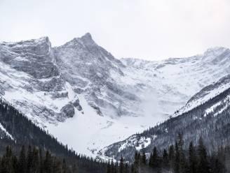 "Drie ervaren bergbeklimmers vermist na lawine: ""Kans dat ze nog leven is vrijwel onbestaande"""