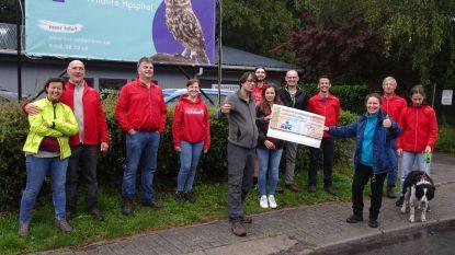 """Materrunners schenken 2.000 euro aan SOS Wilde Dieren Geraardsbergen: """"AB Run kon niet doorgaan, maar sponsors steunden wel"""""""