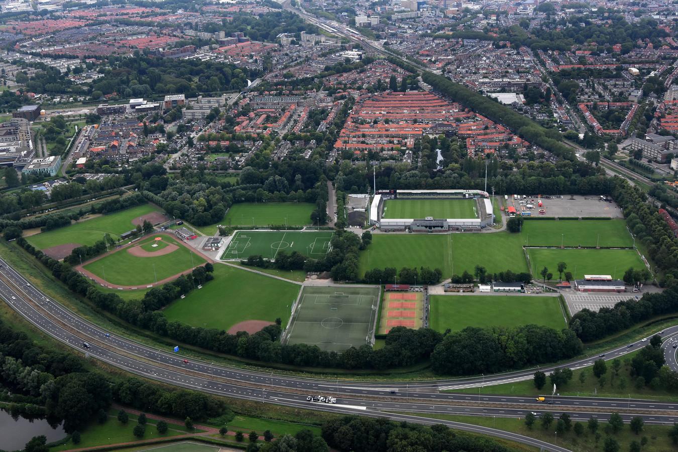 Voor het opknappen van sportpark Krommedijk (met onder meer het stadion van FC Dordrecht) is een gemeentelijke garantstelling van 17 miljoen euro nodig. Die komt er niet.