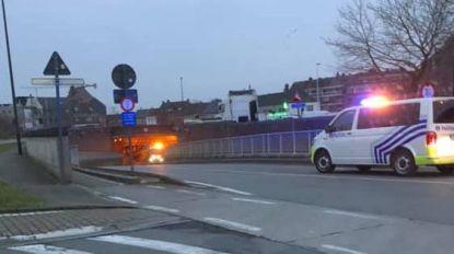 Alweer vrachtwagen vast in tunnel Aalter