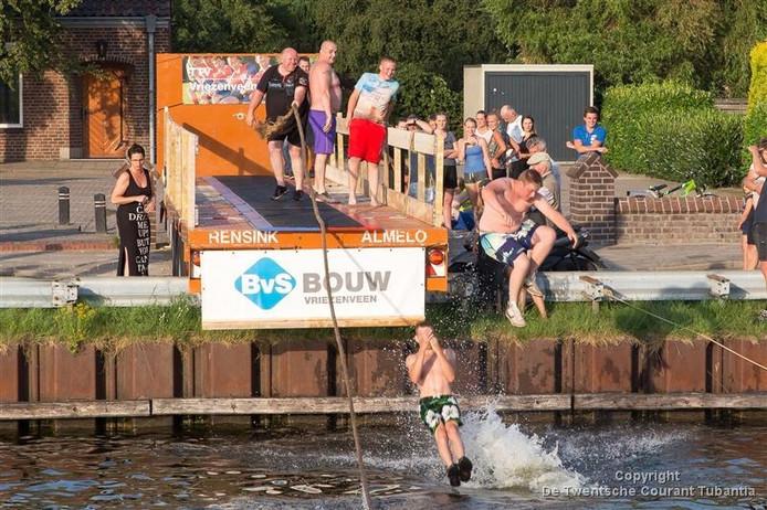 Waterpret bij PlonZ! in Vriezenveen, beeld uit 2015.